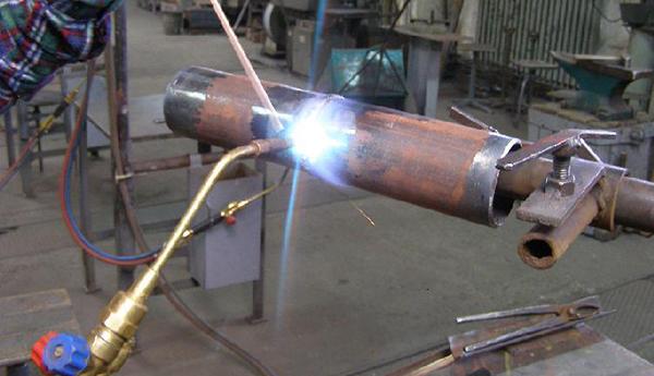 газовая сварка труб с поворотом